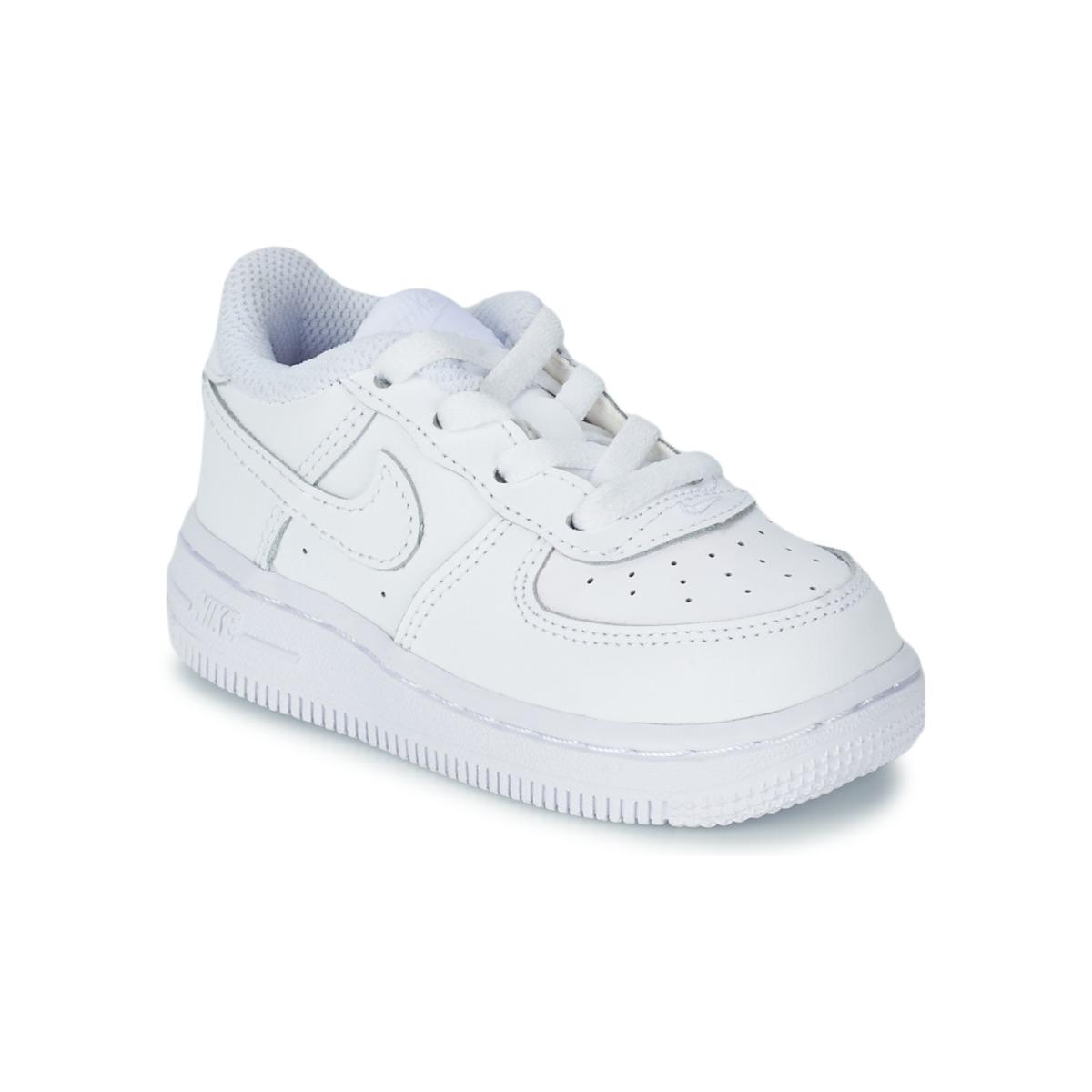 baskets basses nike air force 1 blanc livraison gratuite avec chaussures. Black Bedroom Furniture Sets. Home Design Ideas