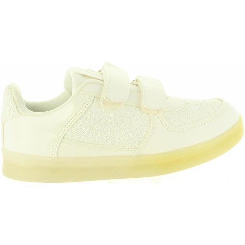 Chaussures Fille Baskets basses Chika 10 ZALUCES 02 Blanco