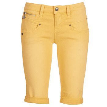 d03e60bfc0 Vêtements Femme Shorts / Bermudas Freeman T.Porter Belixa New Magic Color  Jaune