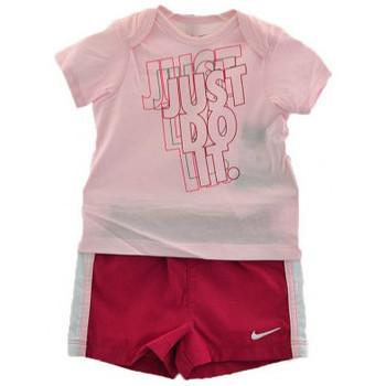 Vêtements Garçon Ensembles enfant Nike Outfit Sport Combinaisons