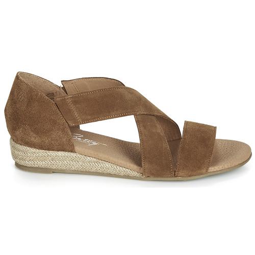 Sandales pieds Camel Femme Et Jikote Betty Nu London PywvN8nOm0