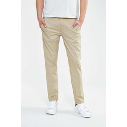 Vêtements Homme Chinos / Carrots Wrangler Pantalon Slim Chino  Camel Camel