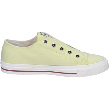Chaussures Femme Slip ons Wrangler sneakers jaune toile clous BT775 jaune