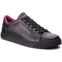 Chaussures Homme Baskets basses Guess Baskets Homme en Cuir LUISS Noir 38