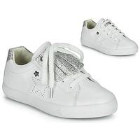 Chaussures Fille Baskets basses Ikks MOLLY Blanc / Argenté