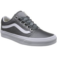 Chaussures Fille Baskets basses Vans OLD SKULL GRIGIE Gris