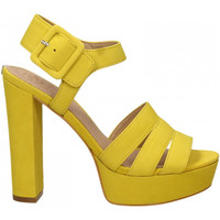 Chaussures Femme Sandales et Nu-pieds Guess LYLAH yello-yellow