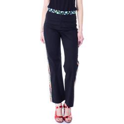 Vêtements Femme Chinos / Carrots Desigual 19SWPW20 Noir