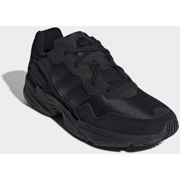Chaussures Homme Baskets basses adidas Originals YUNG96 Noir