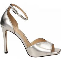 Chaussures Femme Sandales et Nu-pieds Lola Cruz  plata-platino