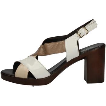 Chaussures Femme Sandales et Nu-pieds Romagnoli B9E7802 BLANC