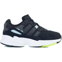Chaussures Fille Baskets basses adidas Originals YUNG96 J Noir