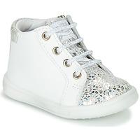 Chaussures Fille Baskets montantes GBB FAMIA Blanc / Argenté