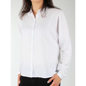 Vêtements Femme Chemises / Chemisiers Wrangler Relaxed Shirt W5213LR12 biały