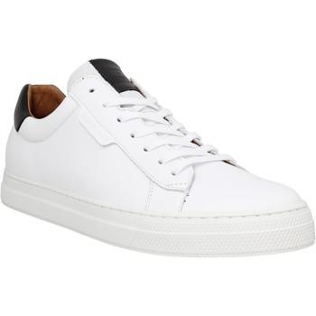 Chaussures Homme Baskets basses Schmoove Spark Clay cuir Homme Blanc Noir Blanc Noir
