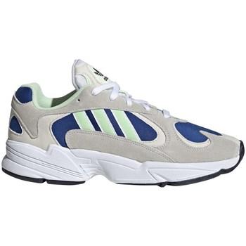 Chaussures Homme Baskets basses adidas Originals YUNG1