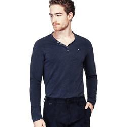 Vêtements Homme T-shirts manches longues Guess T-Shirt Manches Longues Homme Leonard Bleu Bleu