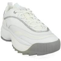 Chaussures Femme Baskets basses Guess fl8kae ele12 blanc