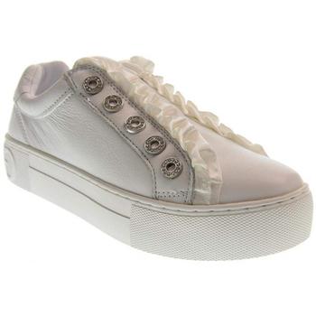 Chaussures Guess Baskets Femme Mezra blanc FL5MZR