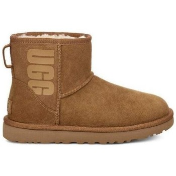 Chaussures Femme Bottines UGG Botte  CLASSIC MINI SHORT  RUBBER LOGO - 1108231-CHE