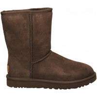 Chaussures Femme Bottes ville UGG CLASSIC SHORT II chocolate-marrone