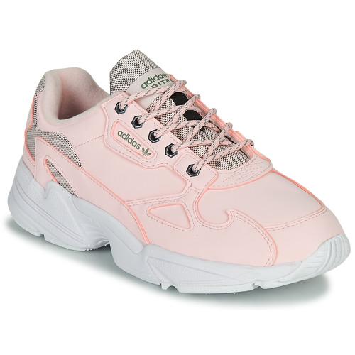 Chaussures Femme Baskets basses adidas Originals FALCON W Rose