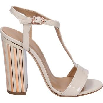 Chaussures Femme Sandales et Nu-pieds Marc Ellis sandales cuir verni beige