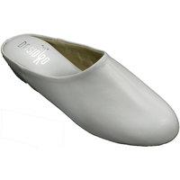 Chaussures Femme Chaussons Deisidro Baskets femme ouvrir la peau à la maison blanco