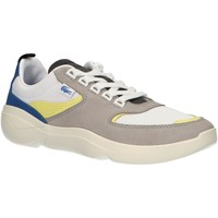 Chaussures Homme Baskets basses Lacoste 38SMA0051 WILDCARD Gris