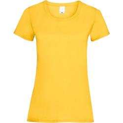 Vêtements Femme T-shirts manches courtes Universal Textiles 61372 Or