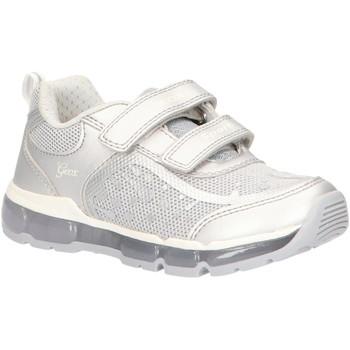 Chaussures Fille Baskets basses Geox J0245B 0ASAJ J ANDROID Plateado