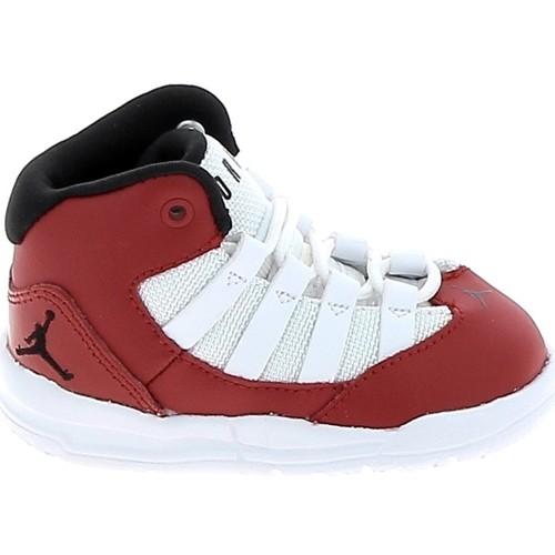 Chaussures Enfant Basketball Nike Jordan Max Aura BB Rouge Blanc AQ9215-602 Rouge