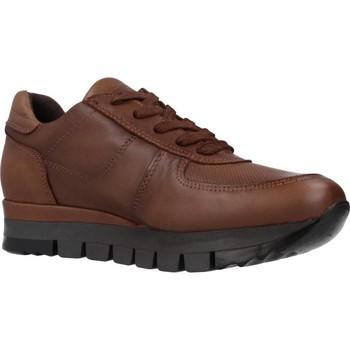 Chaussures Femme Baskets basses Carmela 67099C Marron