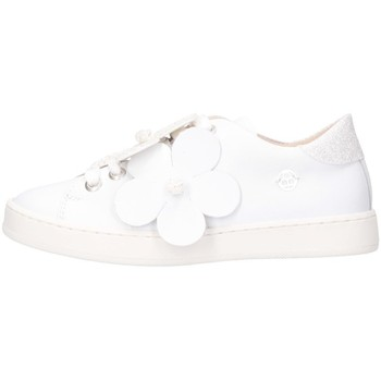 Chaussures Fille Baskets basses Florens K111250B blanc