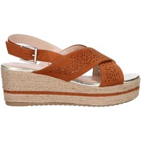 Chaussures Femme Espadrilles Chika 10 DONA 07 Marr?n