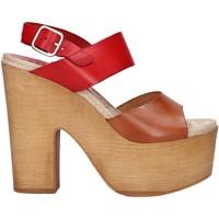 Chaussures Femme Sandales et Nu-pieds Chika 10 RUSIA 04 Rojo