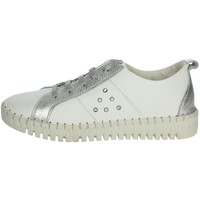 Chaussures Femme Baskets basses Riposella C261 Blanc/Argent