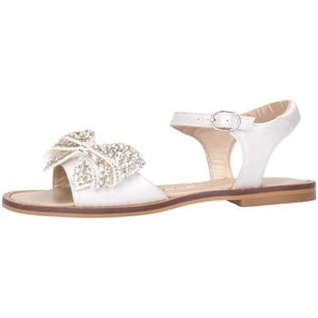 Chaussures Fille Sandales et Nu-pieds Papanatas 8663Y blanc