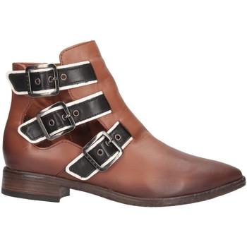 Chaussures Femme Low boots Sisley 8G9LW3273 Bottes et bottines Femme cuir cuir