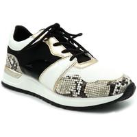 Chaussures Femme Baskets basses Menbur Borgotaro Noir