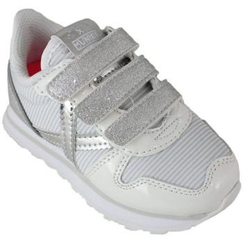 Chaussures Enfant Baskets basses Munich mini massana vco 8207375 Blanc