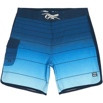 Vêtements Garçon Maillots / Shorts de bain Billabong Boardshort garçon 73 STRIPE PRO Bleu
