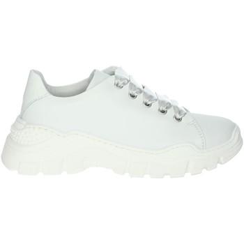 Chaussures Fille Baskets basses Le Petit Bijou 6397LPB Blanc