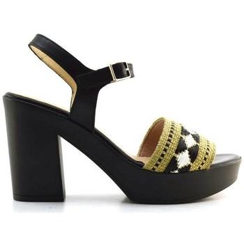 Chaussures Femme Sandales et Nu-pieds Wonders L-9166 Multicolore