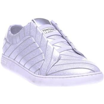 Chaussures Femme Baskets basses Pantone 8018401 Gris
