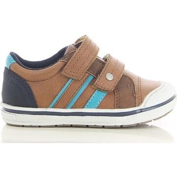 Chaussures Garçon Baskets basses Botty Selection Kids SNEA334180 BRUN