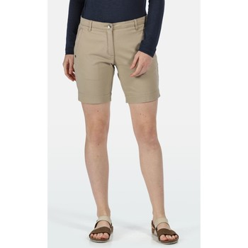 Vêtements Femme Shorts / Bermudas Regatta  Marron