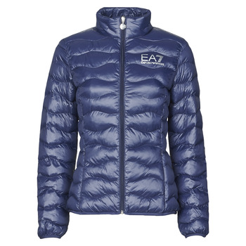 Vêtements Femme Doudounes Emporio Armani EA7 TRAIN CORE LADY W LT ECO DOWN JCKT Marine