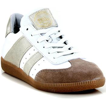 Chaussures Femme Baskets basses Bullboxer 930000E5L PLATINE