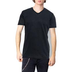 Vêtements Homme T-shirts manches courtes Brian Brome 23/102-398 Noir